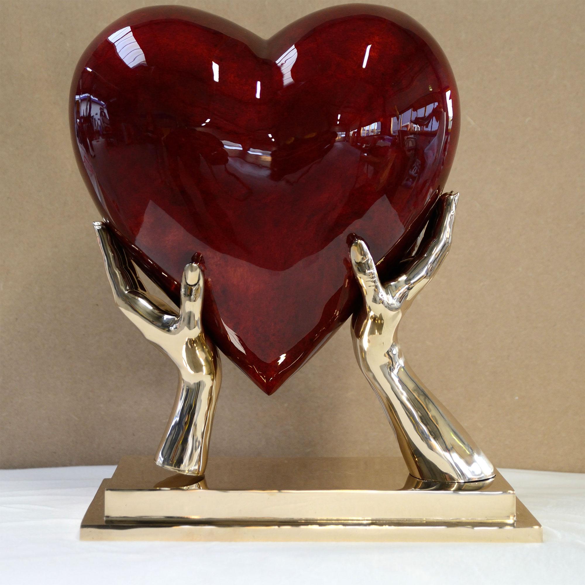 bronze-heart-with-hands